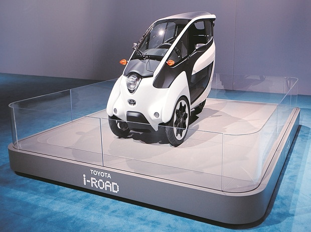 Toyota i-Road, Toyota, electric vehicles