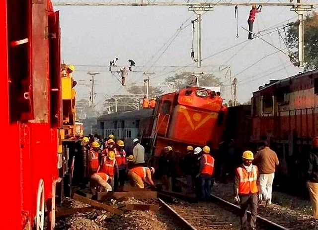 Rapid action force team performs rescue operations after Hirakhand Express derails. Photo: PTI