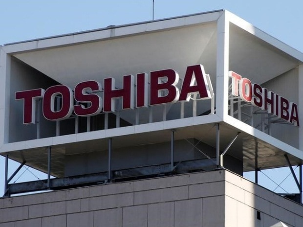 Toshiba shares tumble, no clearity on Westinghouse sale