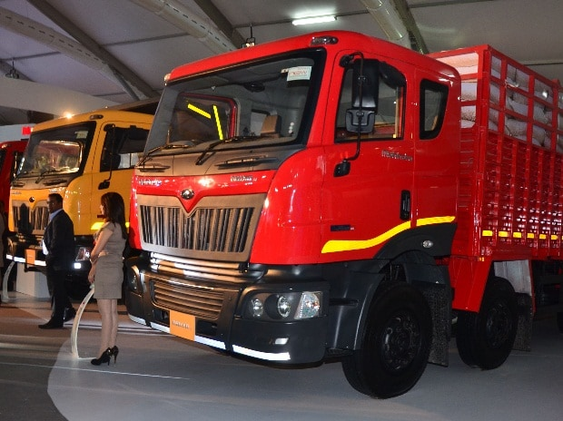 Commercial Vehicle Firms Build Inventory To Meet Demand
