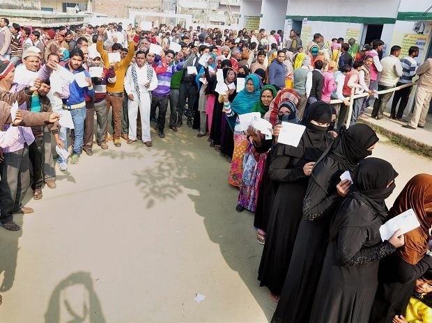 Voters, queue, vote, second phase, UP assembly polls, Moradabad