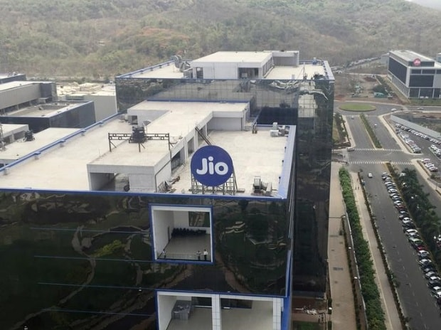 The 2017 agenda: Reliance Jio to soon venture into DTH, broadband services