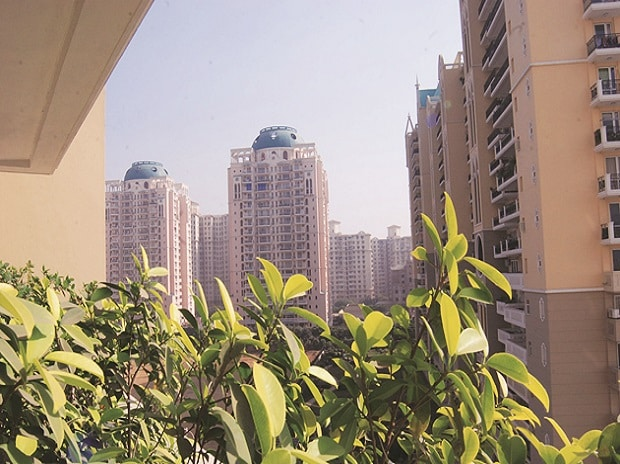 Realty stocks surge after banks allowed to invest in ReiTs