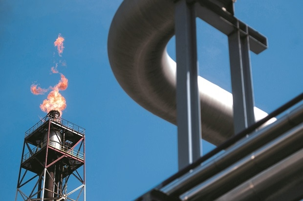 State oil refiners reap benefits of unrevised ...
