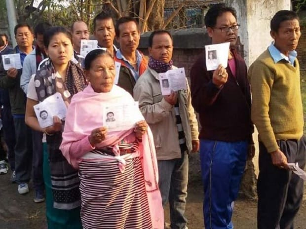 Manipur heads for hung assembly as Congress, BJP locked in a neck and neck fight