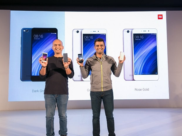 (L-R) Manu Jain, Vice President, Xiaomi and Managing Director, Xiaomi India & Jai Mani, Product Lead, Xiaomi India at the launch of Redmi 4A and annoucement of second manufacturing unit