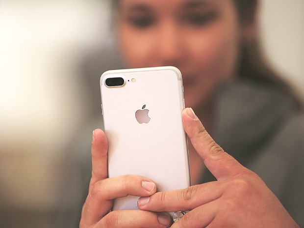 Apple to sell 'Made in India' iPhones on trial basis