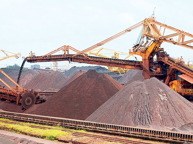 Iron ore exports to lose steam on weak price outlook
