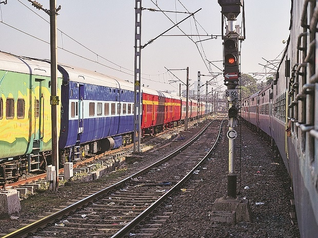 Railways stepping up efforts to reduce emission by 33% till 2030