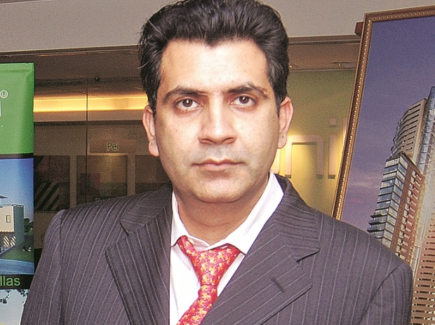 SC declines Unitech MD Sanjay Chandra's interim bail plea