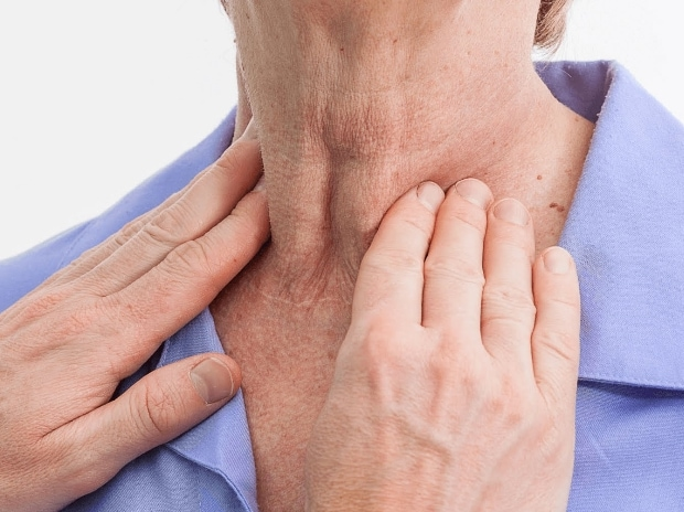 Beware Lump Or Swelling In Neck Might Be Sign Of Thyroid Cancer