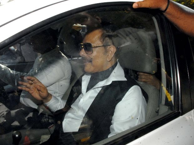 Pay Rs 1,500 cr by June 15, or go to jail, SC warns Subrata Roy