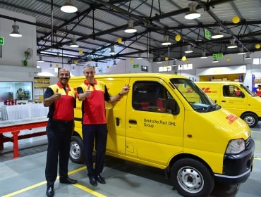 Frank Appel (right) at DHL Express Service Center in Mumbai