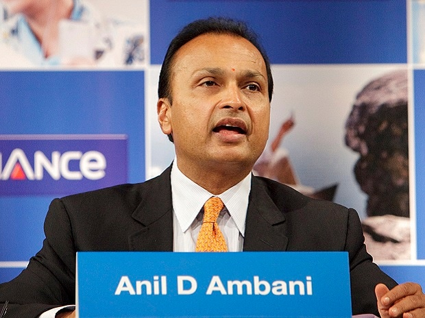 Moody's downgrades RCom's corporate family rating