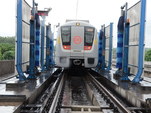 Greater Noida metro: Decks cleared for central funding