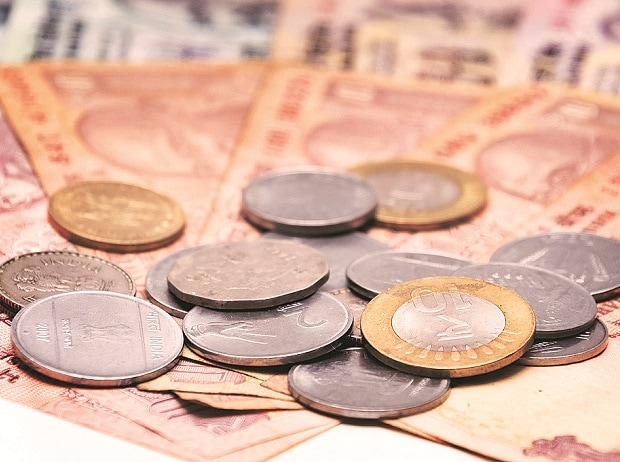 Rupee zooms 25 paise to 64.38 against US dollar, biggest gain in 4 weeks