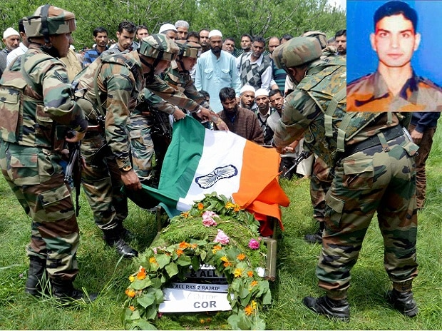 Army, Army personnel, Lt. Ummer Fayyaz, Ummer Fayyaz, Fayyaz, Kulgam district, Fayyaz, militants, Shopian district