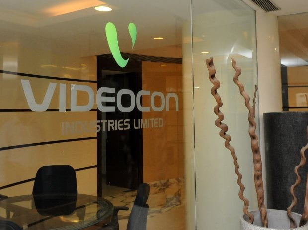 Videocon Industries up 5% after falling 83% in 25 trading days
