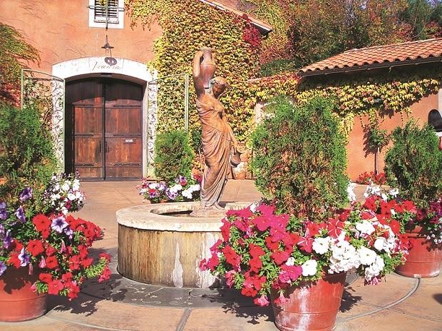 Tuscon Villa in Sonoma