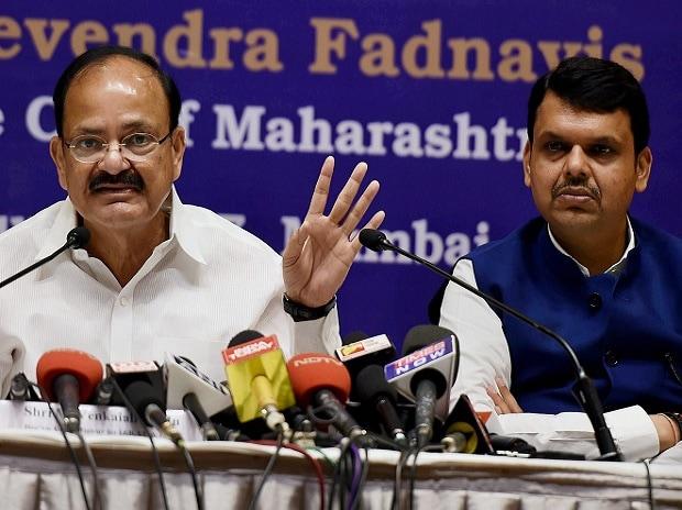 Venkaiah, Venkaiah Naidu, Maharashtra Chief Minister, Maharashtra, Maharashtra farmers strike, farmers strike, loan waiver, farm loan waiver, Devendra Fadnavis, Fadnavis