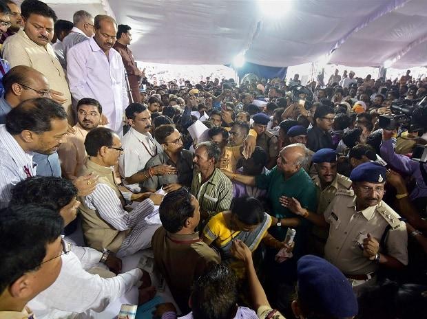 MP farmers' stir, farmers' unrest, farmers' protest, Shivraj, Shivraj Singh Chouhan, indefinite fast, Bhopal