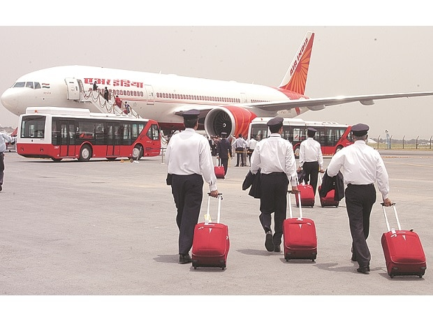 Clear our dues before stake sale: Air India pilots to govt