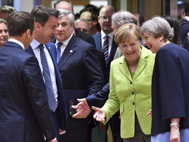 UK PM, Theresa May, May, French President, Emmanuel Macron, Macron, Luxembourg PM, Xavier Bettel, European Parliament, Antonio Tajani, German Chancellor, Angela Merkel, merkel, EU summit, EU, Brussels