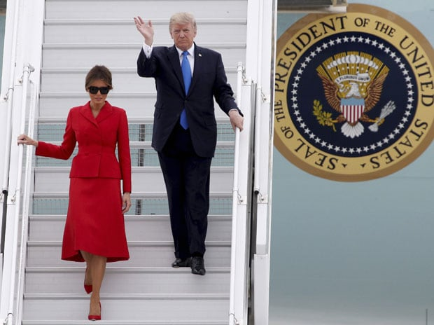 You're in such good shape, beautiful, Trump tells Macron's wife