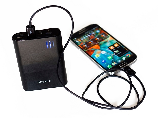USB, chargers, smartphones