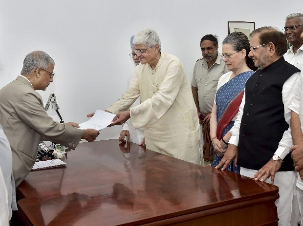 Gopalkrishna Gandhi File Nomination for Vice President Election