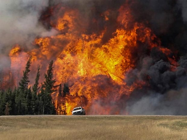 Canada wildfire: Thousands of people unable o return home as blazes rage on
