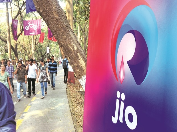 Will Jio's 4G feature phone be as disruptive as its pricing strategy? | Business Standard News