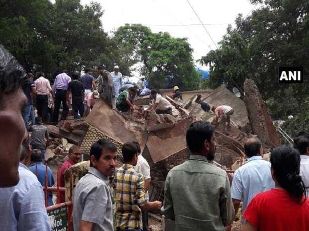 Mumbai, building collapses
