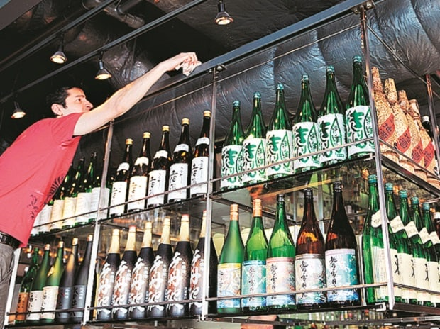 Residents to take call on liquor shops in Delhi