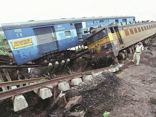 COLLISION COURSE: In 2015, railway accidents claimed the lives of 26,066 people; railway crossing mishaps led to 2,650 fatalities. Such figures won't match the numbers obtained from the Indian Railways or the Commission of Railway Safety