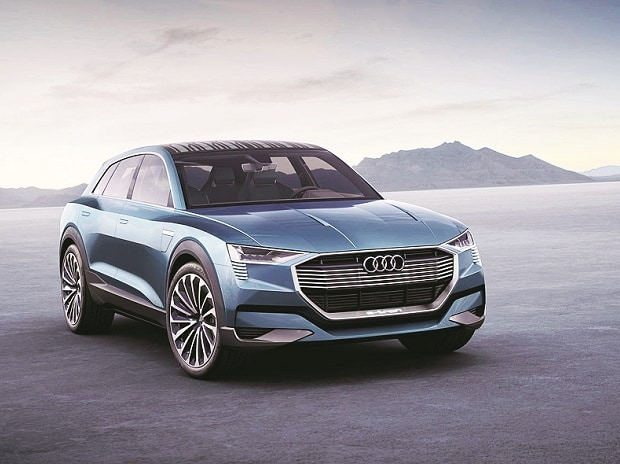 Audi, 2018 Audi e-tron Quattro, electric mid-size SUV, SUV, electric cars,