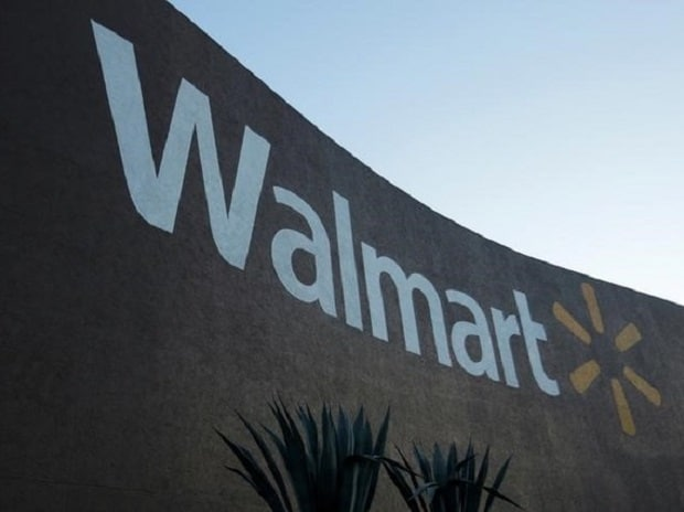 Wal-Mart sales grow for 12th straight quarter but margins dip on price cuts