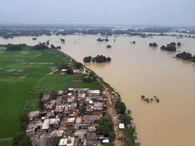 A view of a flooded region in eastern Uttar Pradesh on Wednesday. (Photo: PTI)