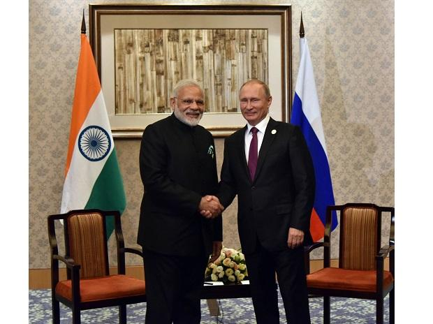 Narendra Modi and Vladimir Putin. Photo: Twitter (@narendramodi)