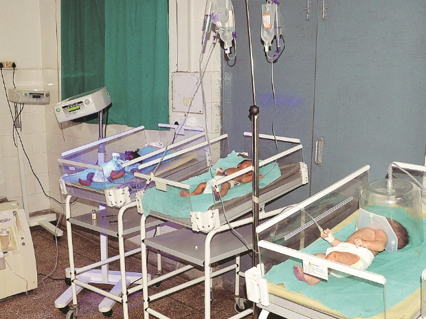 New-born babies at the Farrukhabad district hospital on Monday. The hospital recorded 30 neo-natal ICU deaths and 19 delivery deaths between July 20 and August 21.