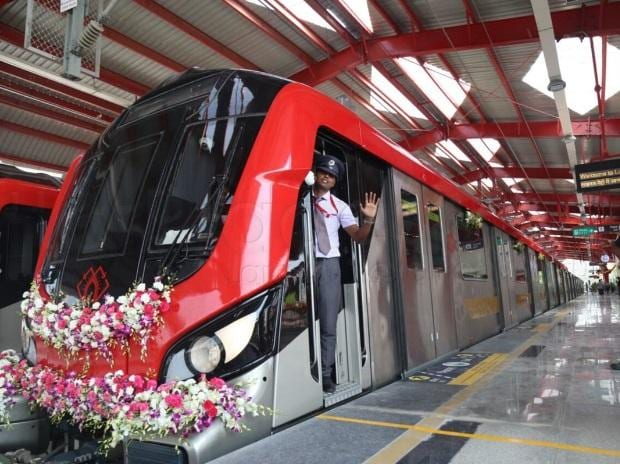 Lucknow Metro: Tobacco chewing commuters on officials radar