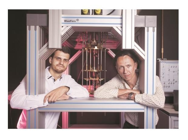 Dr Guilherme Tosi (left) and Professor Andrea Morello at the UNSW quantum computing labs