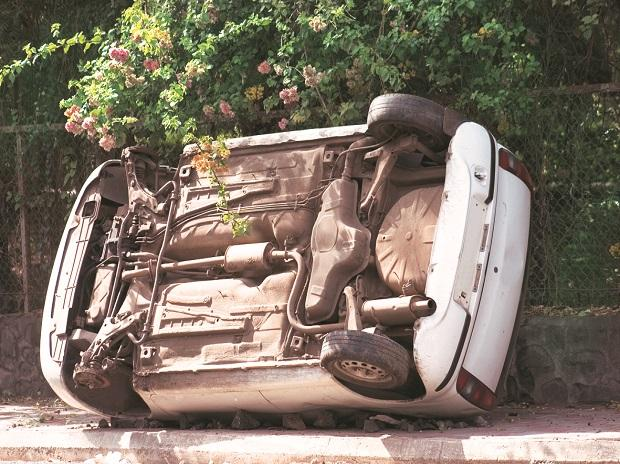 Road accidents claim a life every 3.5 minutes