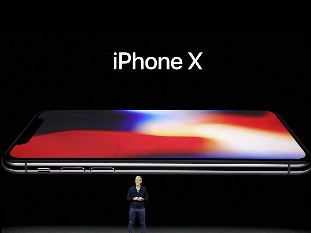 Apple CEO Tim Cook, announces the new iPhone X at ...