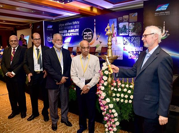 Godrej & Boyce Chairman & MD Jamshyd N Godrej (right) with Isro Chairman A S Kiran Kumar, Isro former chairman K Radhakrishnan, Antrix CMD Rakesh S and Antrix former CMD V S Hegde, at the Silver Jubilee celebration of Antrix Corporation in Bengaluru