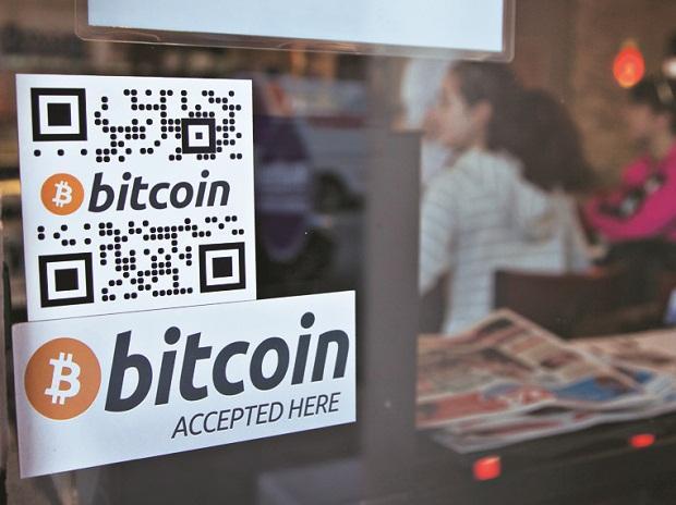 Bitcoin heading to November split: Experts