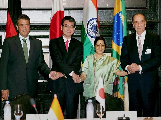 External Affairs Minister Sushma Swaraj, Brazilian Foreign Relations Minister Aloysio Nunes, German Foreign Minister Sigmar Gabriel and Japanese Foreign Minister Taro Kono during a meeting of G4 countries in New York. Photo: AP/PTI