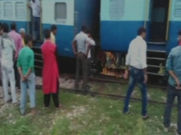 Agra-Gwalior passenger train derails in UP; none hurt