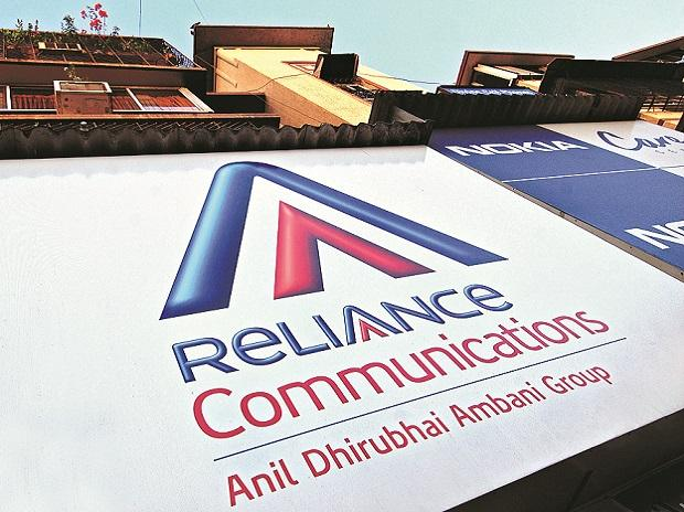 RCom 'may sell 100% of tower infrastructure'