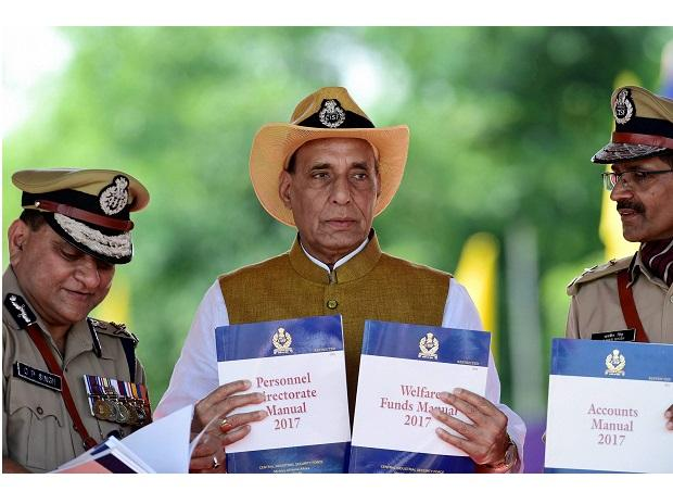 Union Home Minister Rajnath Singh and O P Singh, DG CISF (L) at Arakkonam in Tamil Nadu on Monday. Photo: PTI